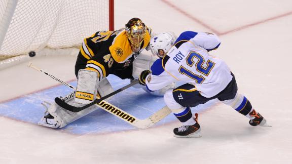 dm_131121_Bruins_Blues_Highlight
