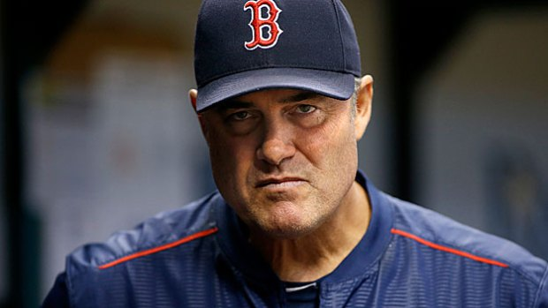 Farrell to return as Sox manager, Lovullo signs 2-year deal to remain bench coach