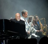 Billy Joel sells out Fenway again !