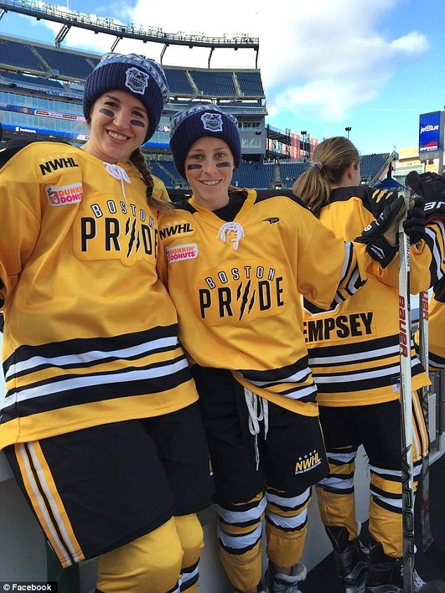 Bruins to make donation to Denna Laing Foundation