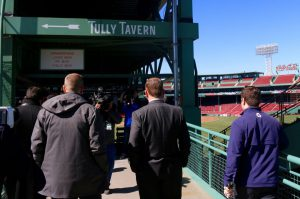 boston-mayor-marty-walsh-checks-out-tully-tavern-in-fenway-park-31a7852d85e74cd5.png