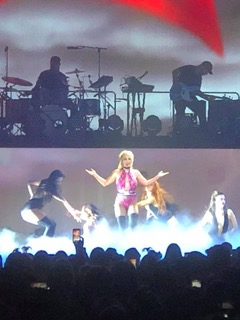 Oops She Did It Again… Britney Spears Plays with Hearts at Mohegan Sun Arena on July 15th