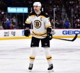 Bruins players crumbling !