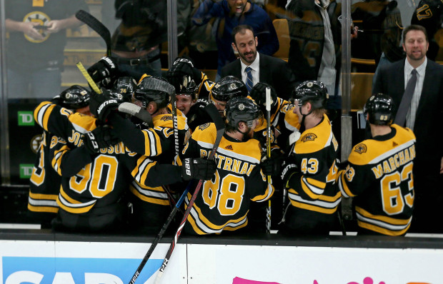 Bruins should embrace their role as favorites to win the Stanley Cup