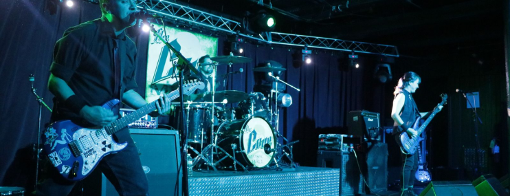 Green Day Tribute Band Just Paranoid Brings their Iconic Punk Covers to Newport Blues Cafe