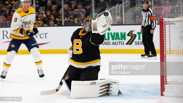 Jaroslav Halak comes up big in net for Bruins